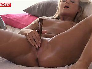 Czech platinum-blonde stunner enjoys Reaching orgasm By Herself