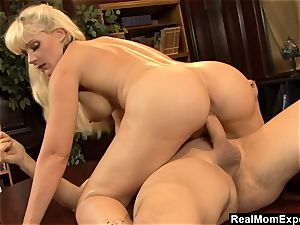 RealMomExposed - muddy mind and ultra-kinky snatch