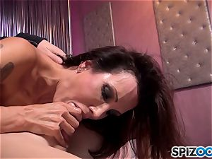 Mature black-haired Shay sights likes to suck dick