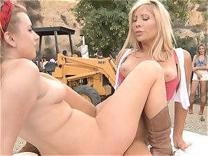 Outdoor labia minge eating and man meat inhaling activity - Lexi Belle Tasha Reign and Blair Williams