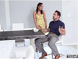 crazy Amara Romani seduces her step-dad