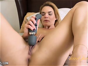 Blaten Lee toy gets her off