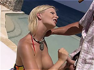 Tarra giving unbelievable oral by the sea