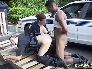 stunning humungous arse mummy and bangs younger stud I will catch any perp with a thick black cock,