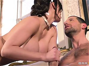 Aletta Ocean - snarling submissive meets his tormentor from work