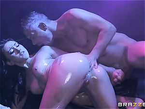 Mandy Muse culo poked deep by Mick Blue