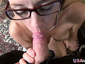 USAwives Mature slit toying closeup footage