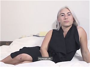 audition FRANCAIS - Canadian first-timer banged in audition