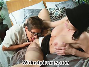 Kendra eagerness helps out a insane boy with his problem