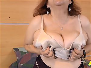 LatinChili provocative Adult toy Solo getting off