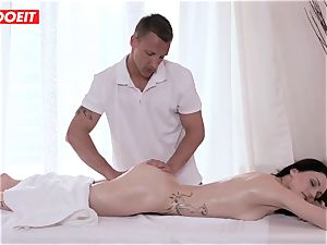 LETSDOEIT - Czech mummy Gets manhandled on the massage Table
