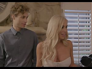 The set up part four - Jenna Sativa and Olive Glass