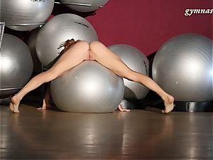 highly splendid assets mature Ala does acrobatics