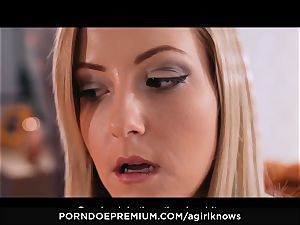 A female KNOWS - Francys Belle loves all girl ass-fuck play