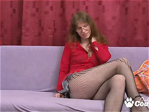 Geeky blond Elke Vogel get off with wand