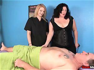 customer Shocks To see The gorgeous ash-blonde massagist