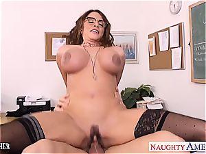 brunette instructor Ariella Ferrera need younger weenie to pulverize her