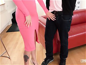 uncovered casting - spraying Czech babe in steaming audition