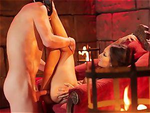 Asa Akira gets her hot lips plump a ample long man rod