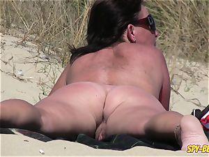 first-timer naturist spycam fat mummy Close-Up movie
