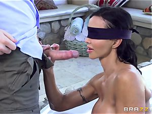 blindfolded joy buttons Jade cootchie wedged testicles deep
