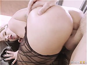 Cali Carter gets nailed in her new pantyhose