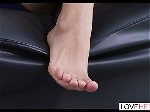 molten foot hook-up With My Sisters cheating bf
