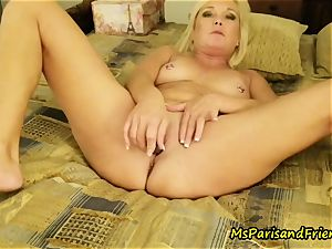 Ms Paris in ass-fuck toy orgasms with Triple invasion