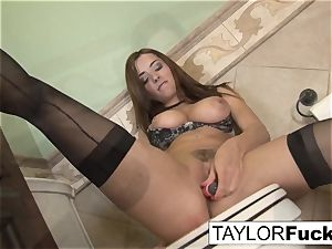 Taylor Vixen Looks additional steaming In dark-hued pantyhose