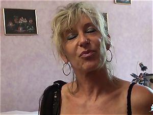LA COCHONNE - bitchy French mature gets roughed up pulverize