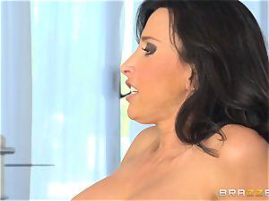 Lezley Zen sees Jessa Rhodes wildly nail her man