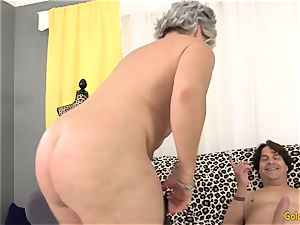 granny Kelly Leigh Is nasty for a rod