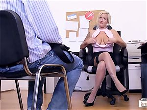 asses BUERO - German mummy in office MMF 3 way