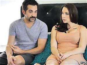 Spizoo - see Chanel Preston deep-throating and pounding