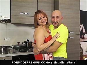casting ALLA ITALIANA - Italian mature deep ass fucking poke