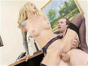 cunt plunging the boss Sarah Jessie