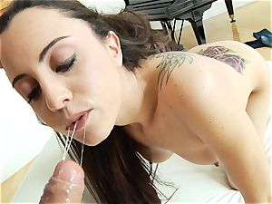 Roxanne Raes clean little caboose gets boned