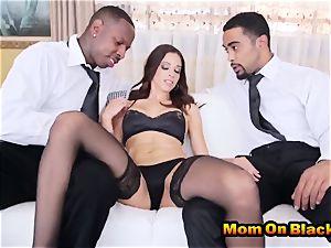 fabulous mummy Eva lengthy deepthroats 2 ebony cocks And screws In interracial three way