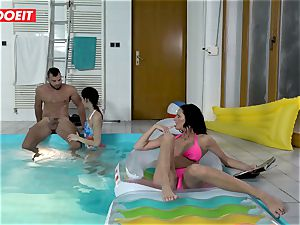 LETSDOEIT - sonnie ravages StepMom And step-sister At The Pool