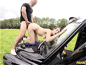 Liz Rainbow gets her cooter plumbed on top of a car