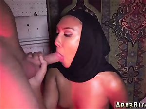 Arab female first time Afgan whorehouses exist!